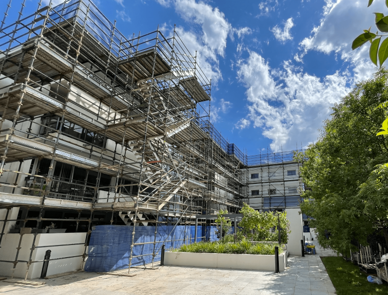 Stretcher stair access scaffold structure